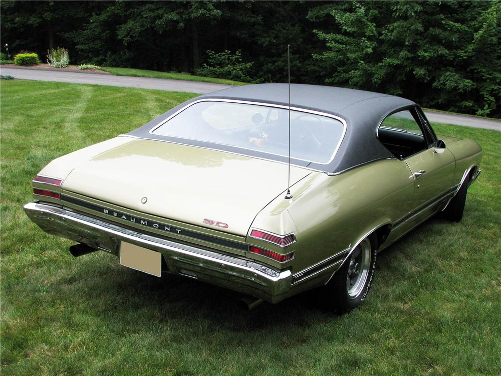 1967 1971 Plymouth Gtx3 in addition 1969 PLYMOUTH ROAD RUNNER 2 DOOR HARDTOP 151732 also L241038 in addition Hppp 1207 1969 Pontiac Firebird in addition 1968 PONTIAC BEAUMONT SPORT DELUXE 396 81391. on 69 gto muscle car