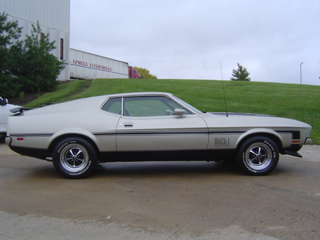 1971 FORD MACH 1 FASTBACK - Side Profile - 81394