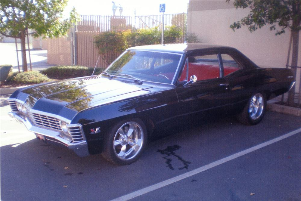 1967 CHEVROLET BISCAYNE CUSTOM 2 DOOR SEDAN - Front 3/4 - 81399
