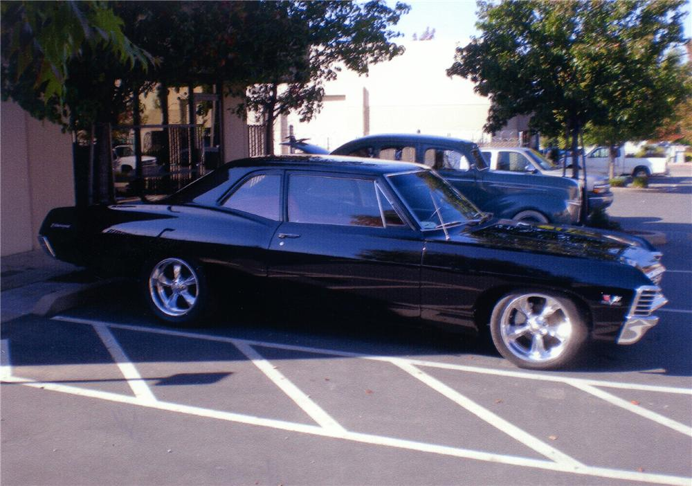 1967 CHEVROLET BISCAYNE CUSTOM 2 DOOR SEDAN - Side Profile - 81399