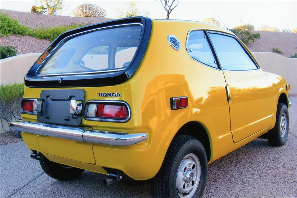 1972 Honda Z600 Coupe Rear 3 4 81406