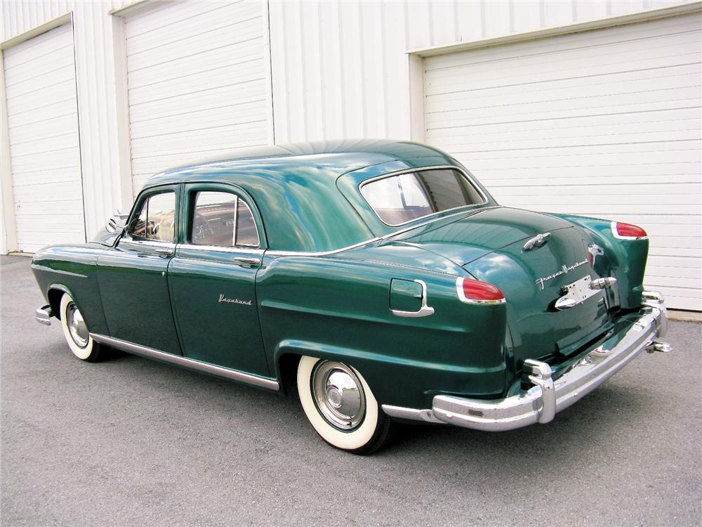 1951 FRAZER 4 DOOR VAGABOND - Rear 3/4 - 81418