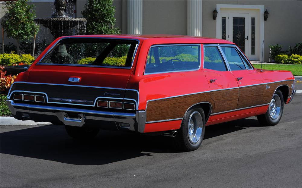 1967 CHEVROLET CAPRICE 4 DOOR WAGON - Rear 3/4 - 81430