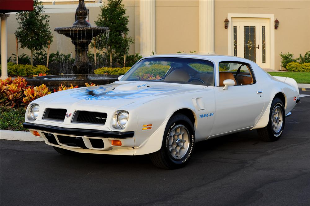 1974 PONTIAC FIREBIRD TRANS AM COUPE - Front 3/4 - 81438