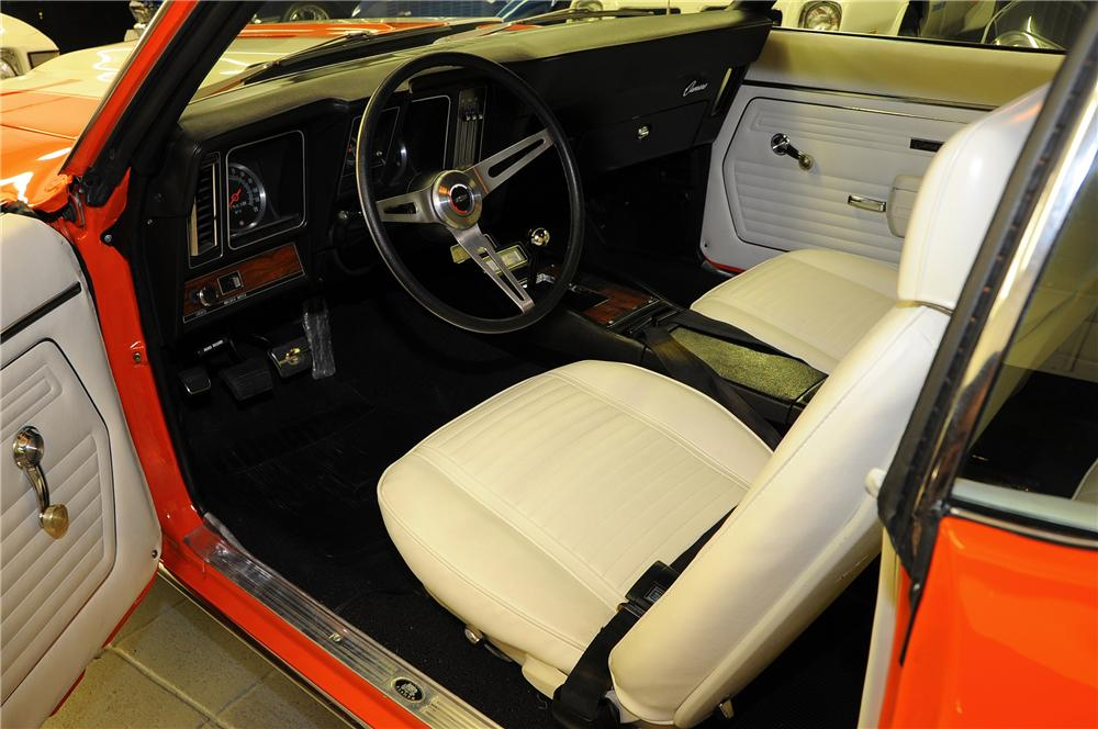1969 CHEVROLET CAMARO Z/28 COUPE - Interior - 81442