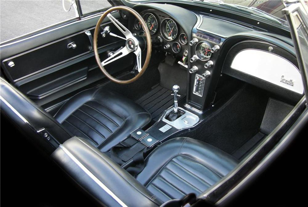 1966 CHEVROLET CORVETTE CONVERTIBLE - Interior - 81443
