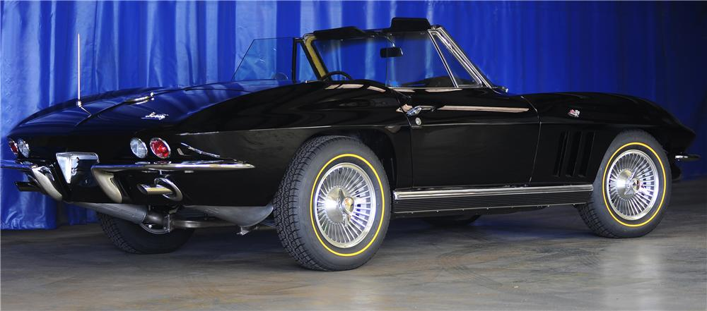 1966 CHEVROLET CORVETTE CONVERTIBLE - Rear 3/4 - 81443