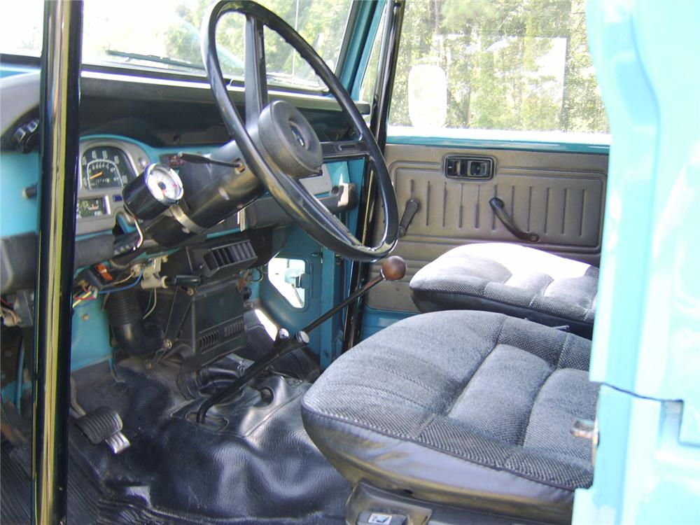 1978 TOYOTA LAND CRUISER FJ-40 CUSTOM PICKUP - Interior - 81453