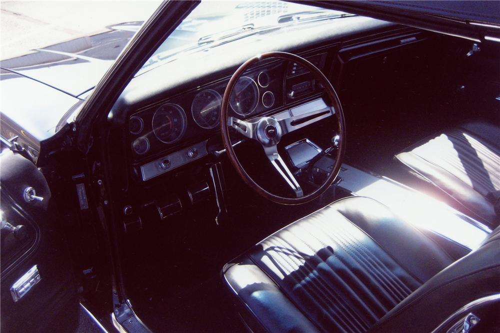 1967 CHEVROLET IMPALA SS CONVERTIBLE - Interior - 81476