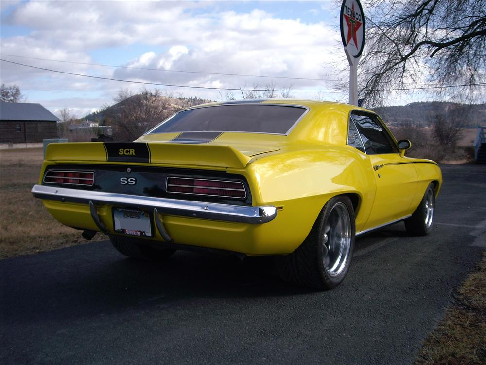 1969 CHEVROLET CAMARO CUSTOM 2 DOOR COUPE - Rear 3/4 - 81557