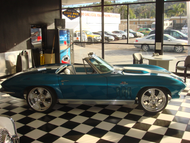 1966 CHEVROLET CORVETTE CONVERTIBLE - Side Profile - 81563