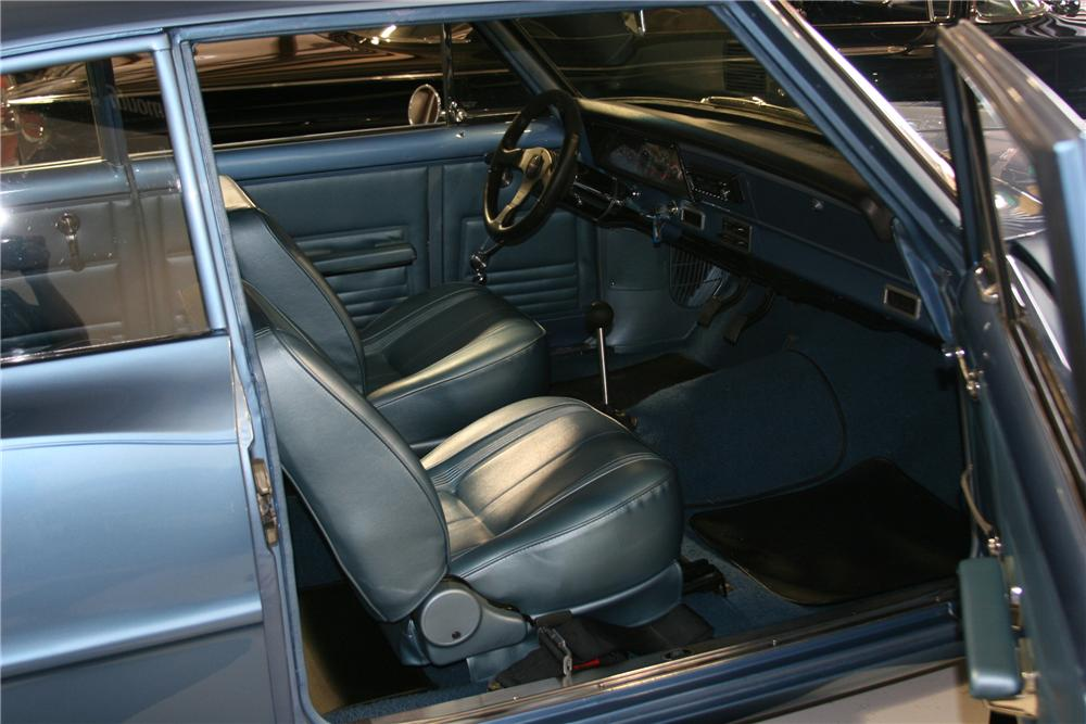 1967 CHEVROLET CHEVY II NOVA CUSTOM SEDAN - Interior - 81567
