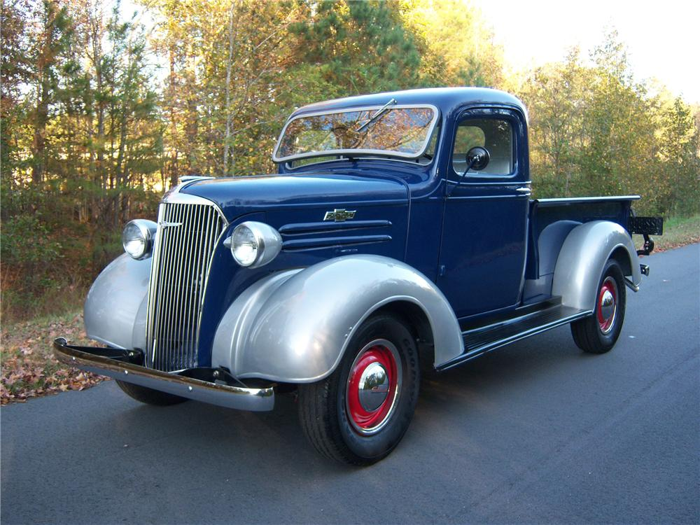 1937 CHEVROLET STEP-SIDE TRUCK - Front 3/4 - 81568