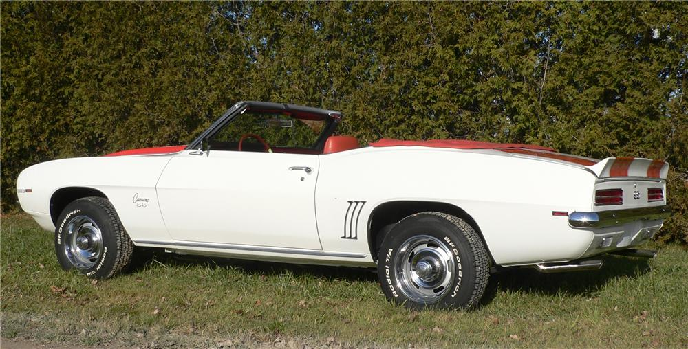 1969 CHEVROLET CAMARO INDY PACE CAR CONVERTIBLE - Rear 3/4 - 81572
