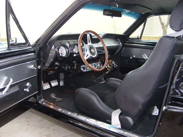1967 FORD MUSTANG GT CUSTOM FASTBACK - Interior - 81574