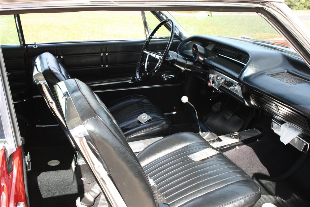 1963 CHEVROLET IMPALA 2 DOOR HARDTOP - Interior - 81576