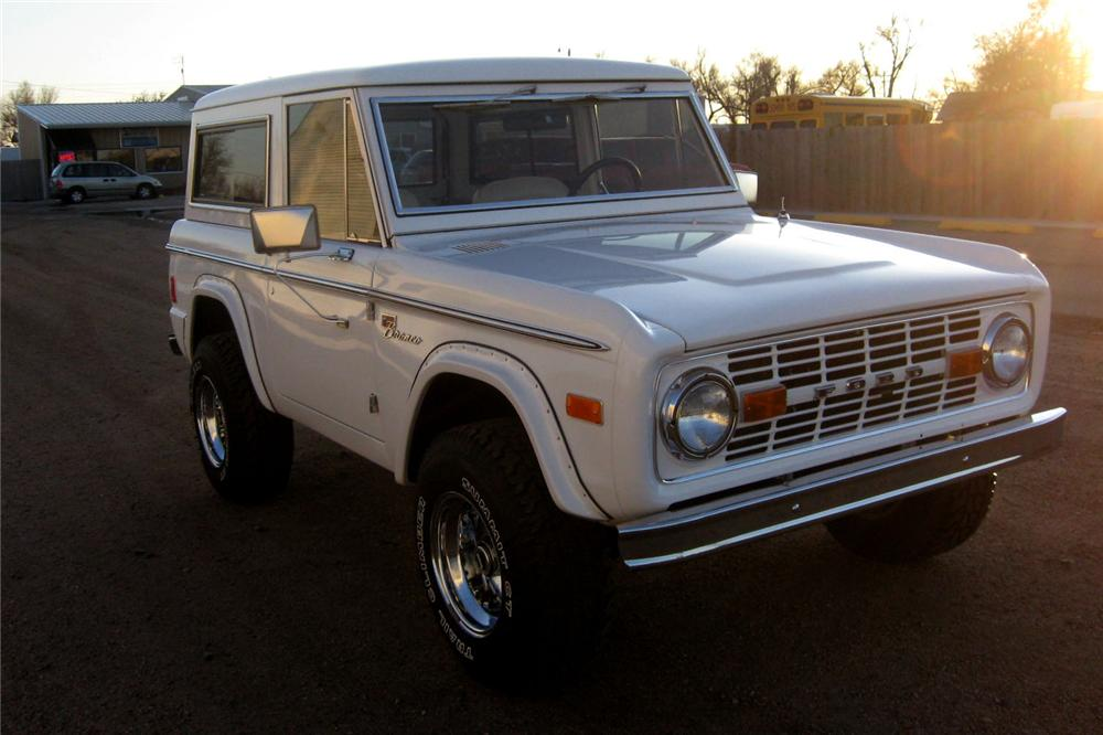 1977 FORD BRONCO 4X4 SPORT - Front 3/4 - 81578