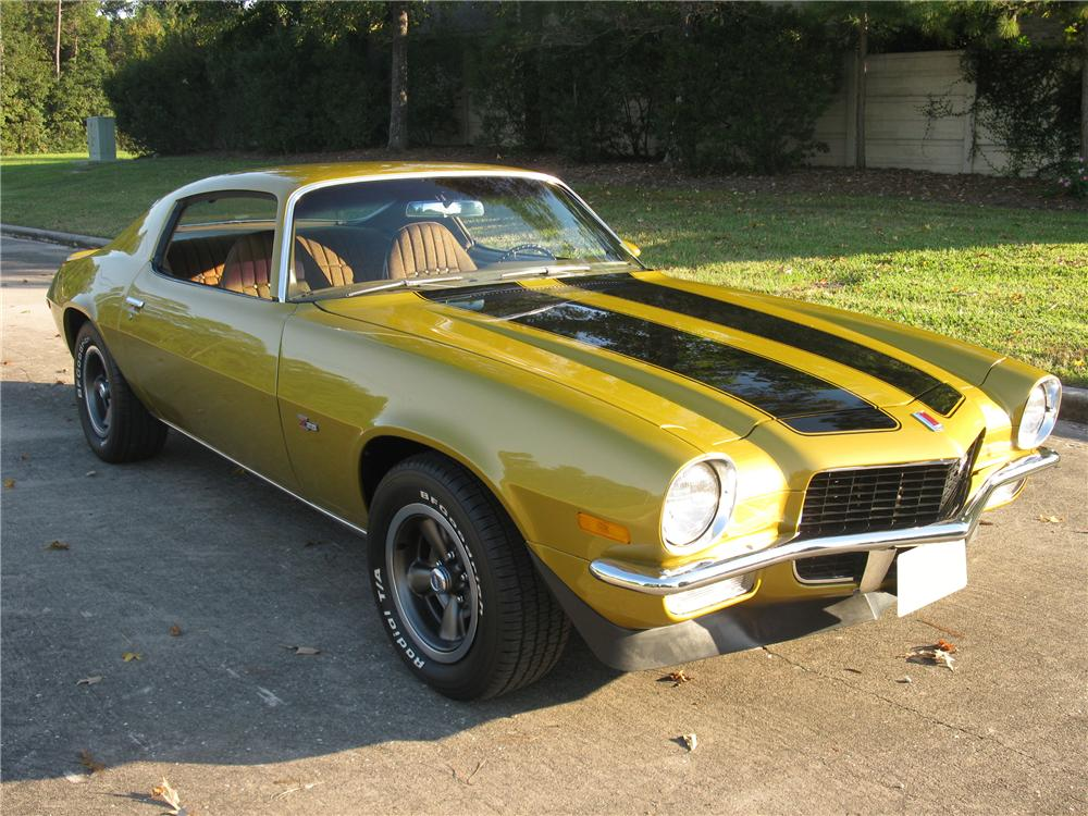 1971 CHEVROLET CAMARO Z/28 2 DOOR COUPE - Front 3/4 - 81600