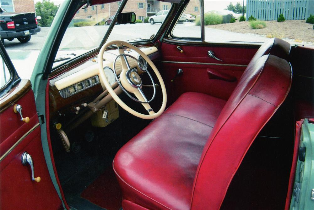 1942 FORD SUPER DELUXE CONVERTIBLE - Interior - 81604