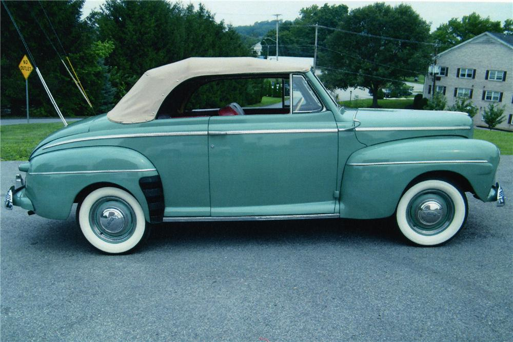 1942 FORD SUPER DELUXE CONVERTIBLE - Side Profile - 81604