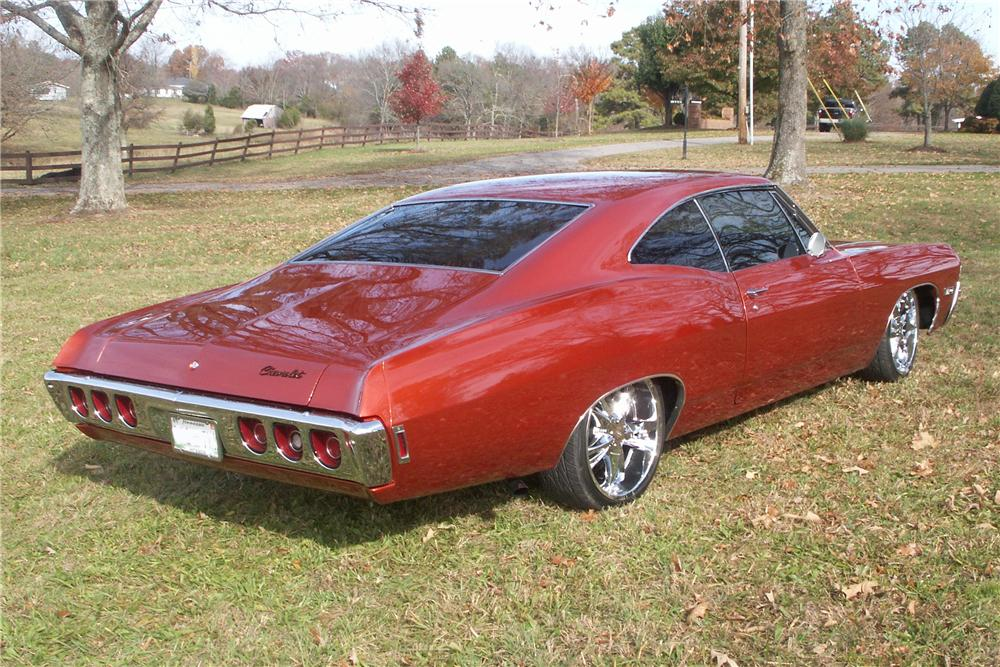 1968 CHEVROLET IMPALA CUSTOM SPORT COUPE - Rear 3/4 - 81610