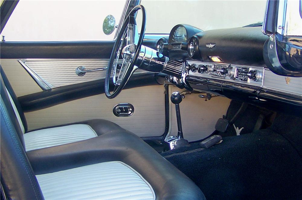 1955 FORD THUNDERBIRD CONVERTIBLE - Interior - 81616