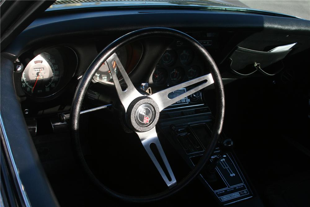 1969 CHEVROLET CORVETTE STINGRAY CONVERTIBLE - Interior - 81635