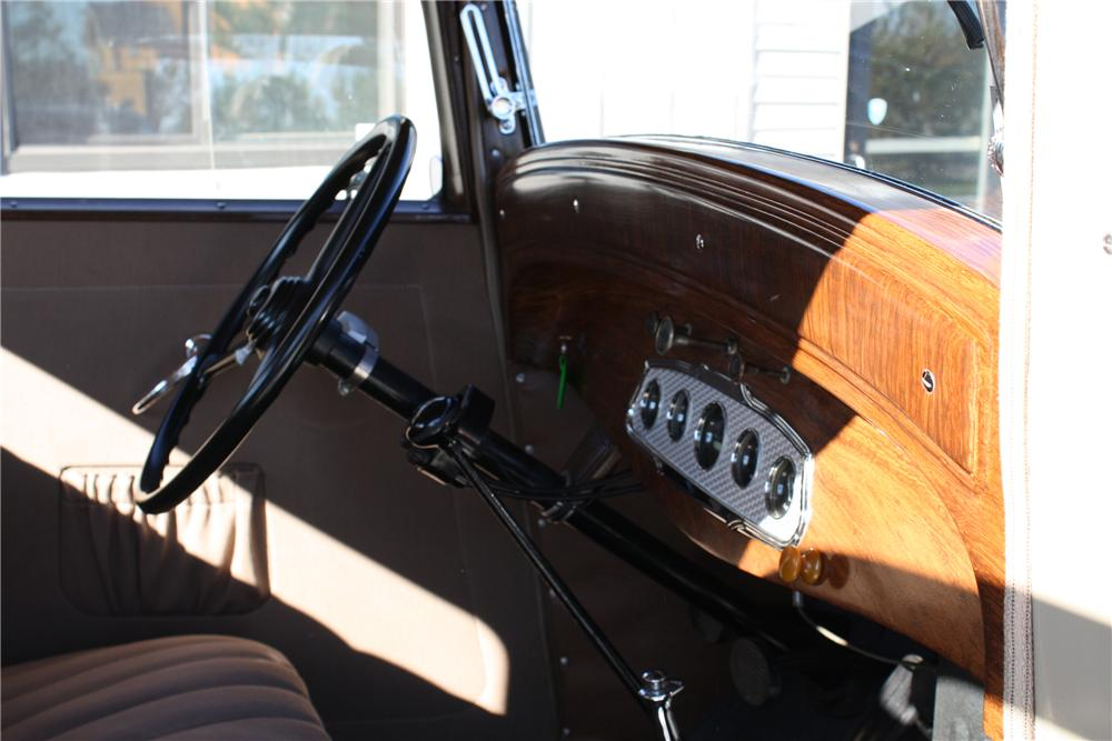 1932 PLYMOUTH PB COUPE - Interior - 81695