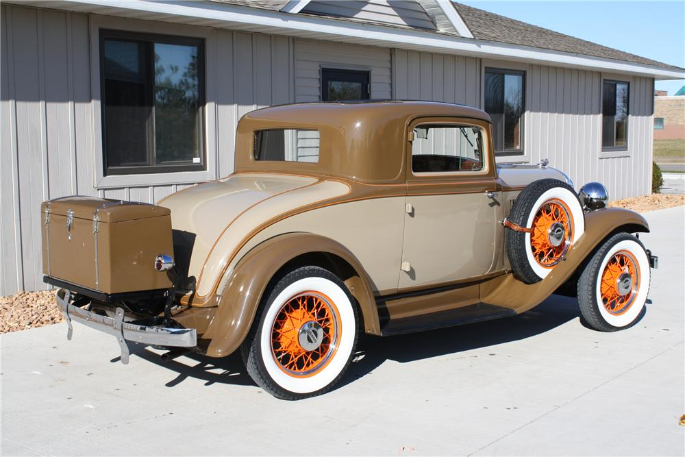 1932 PLYMOUTH PB COUPE - Rear 3/4 - 81695