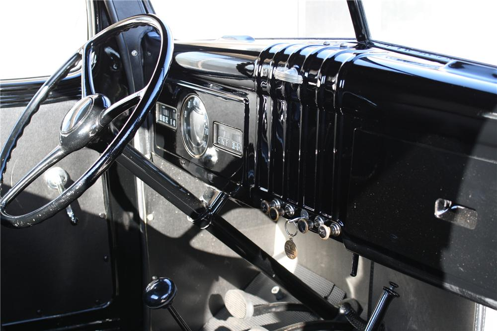1939 DODGE PICKUP - Interior - 81701