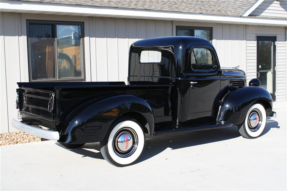1939 DODGE PICKUP - Rear 3/4 - 81701