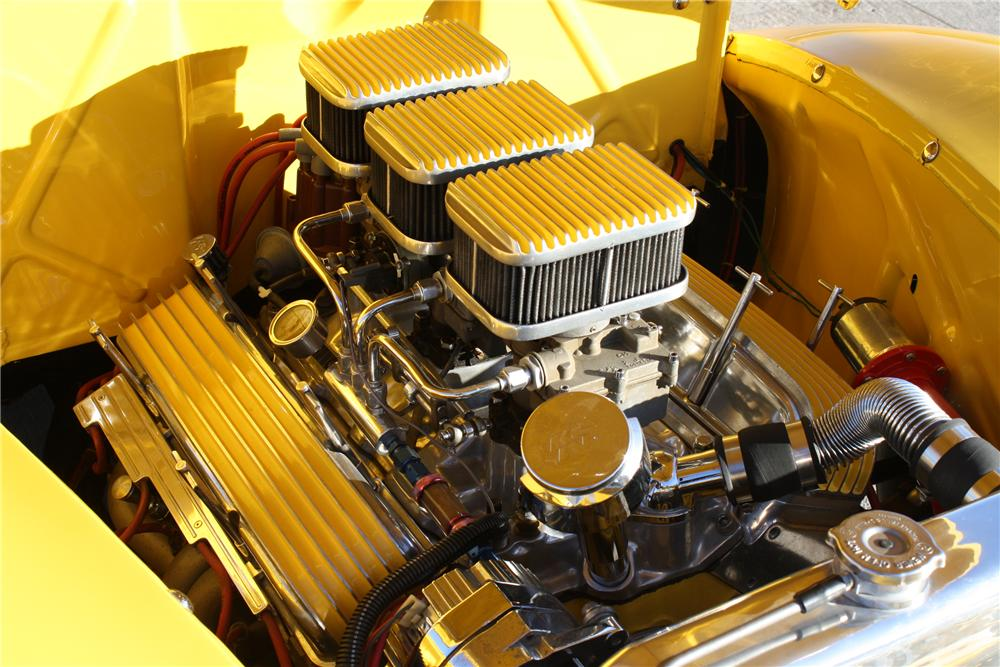 1940 FORD F-1 PICKUP - Engine - 81702