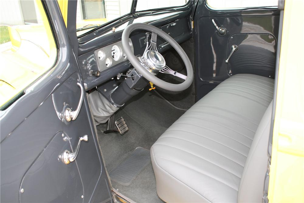 1940 FORD F-1 PICKUP - Interior - 81702