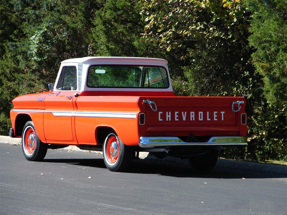 1965 CHEVROLET C-10 PICKUP - Rear 3/4 - 81708