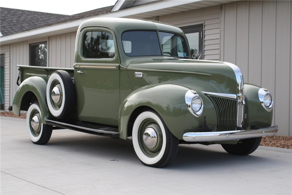 1941 FORD 1/2 TON PICKUP - Front 3/4 - 81709