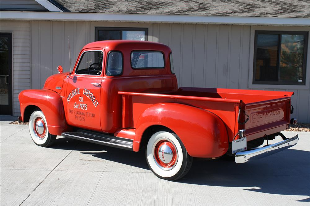 1948 CHEVROLET 3100 PICKUP - Rear 3/4 - 81712