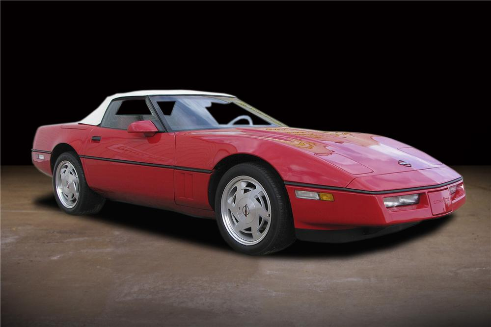 1988 CHEVROLET CORVETTE CONVERTIBLE - Front 3/4 - 81737