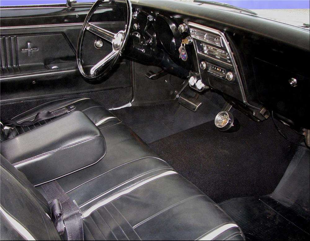 1967 CHEVROLET CAMARO RS COUPE - Interior - 81741