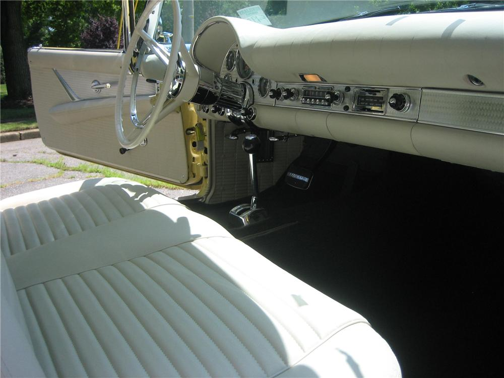1957 FORD THUNDERBIRD E CONVERTIBLE - Interior - 81755