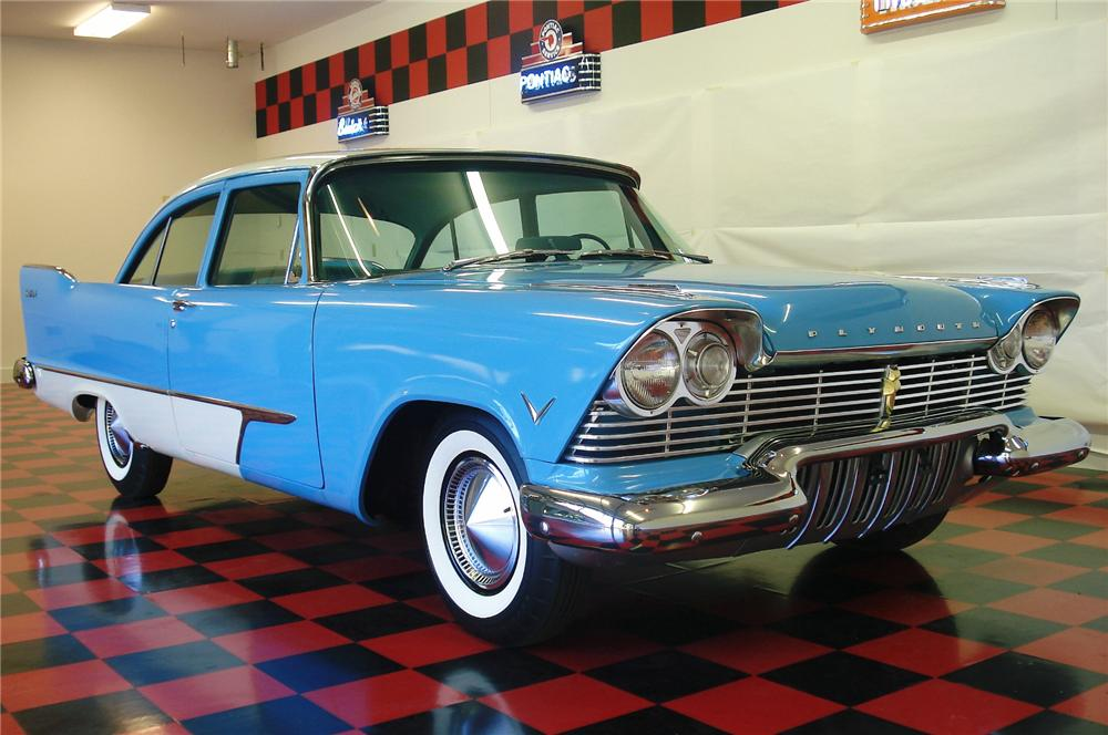 1957 PLYMOUTH SAVOY 2 DOOR COUPE - Front 3/4 - 81758