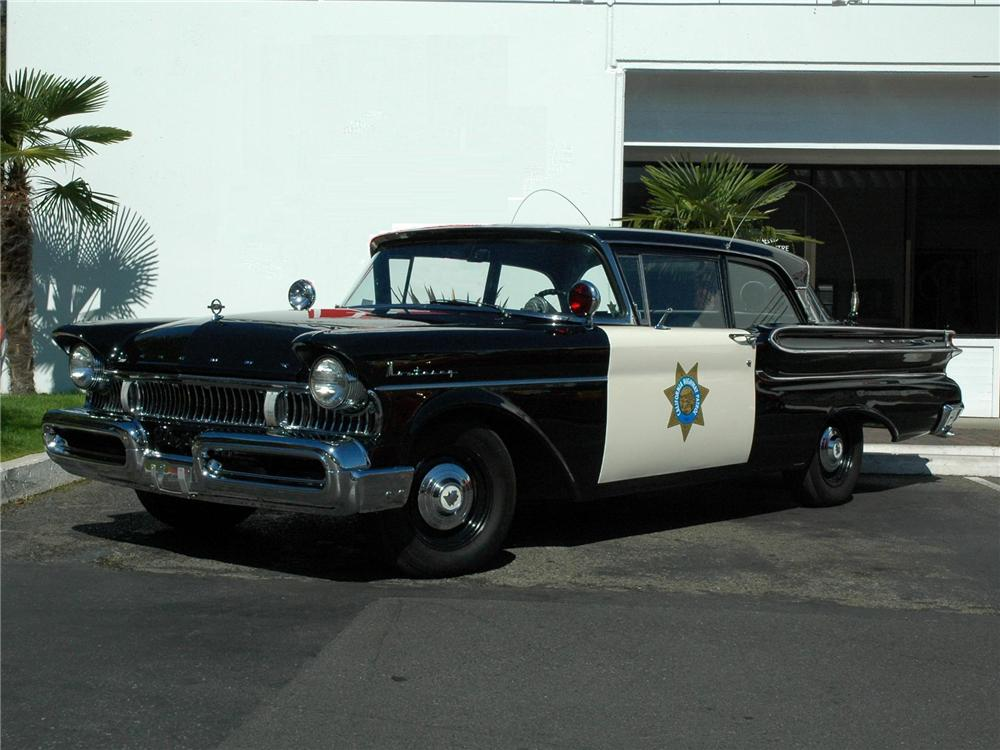 1957 MERCURY MONTEREY HIGHWAY PATROL CAR RE-CREATION - Front 3/4 - 81774