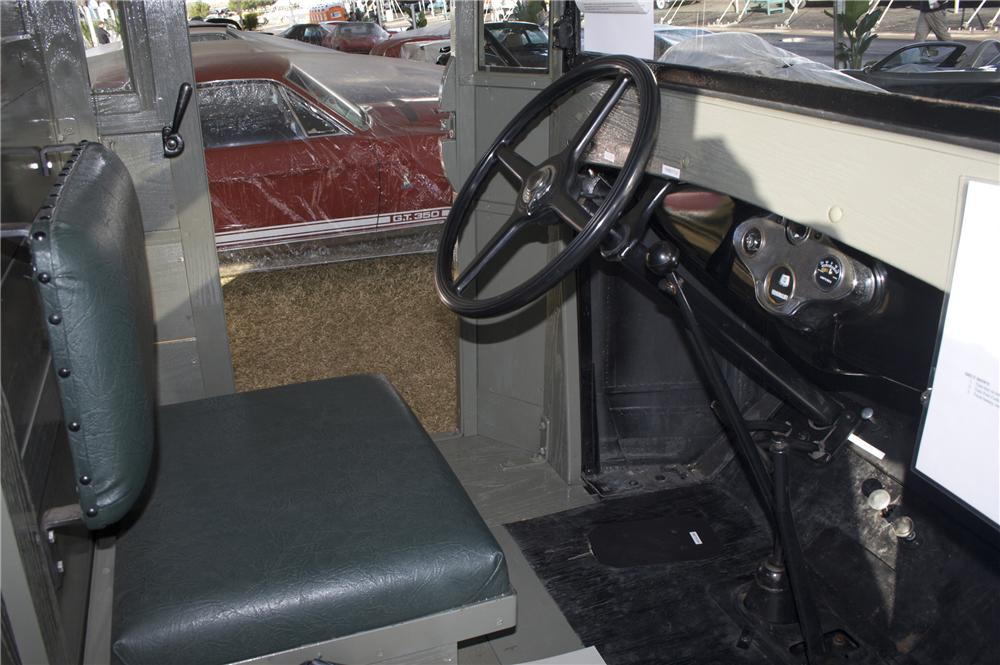 1931 FORD AA POSTAL DELIVERY TRUCK - Interior - 81777
