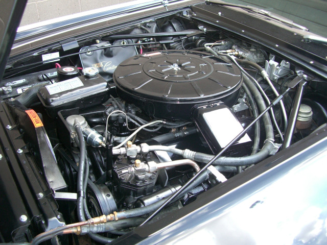 1964 LINCOLN CONTINENTAL CONVERTIBLE - Engine - 81803