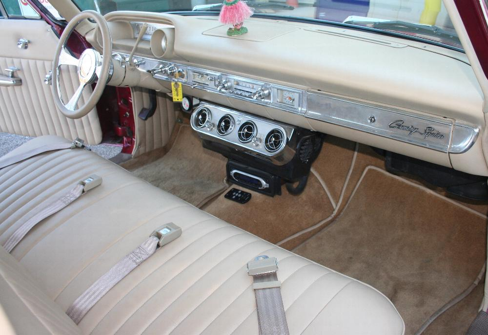 1964 FORD COUNTRY SQUIRE CUSTOM STATION WAGON - Interior - 81813