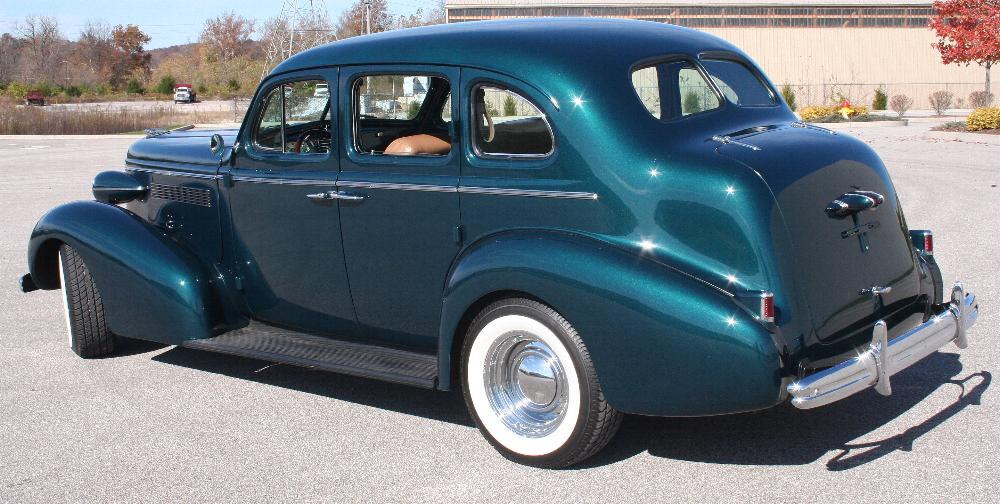 1937 BUICK CENTURY CUSTOM SEDAN - Rear 3/4 - 81814