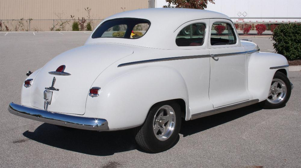 1946 PLYMOUTH DELUXE CUSTOM COUPE - Rear 3/4 - 81815