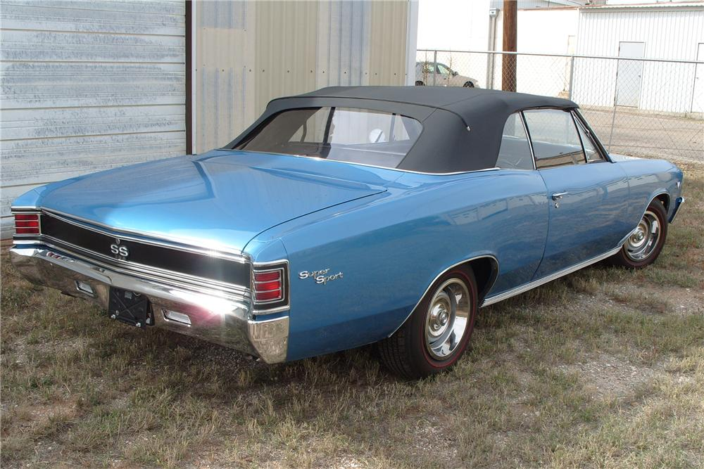 1967 CHEVROLET CHEVELLE SS 396 CONVERTIBLE - Rear 3/4 - 81822