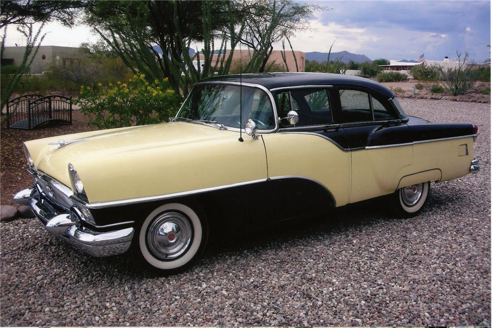 1955 PACKARD CLIPPER 4 DOOR SEDAN - Side Profile - 81824