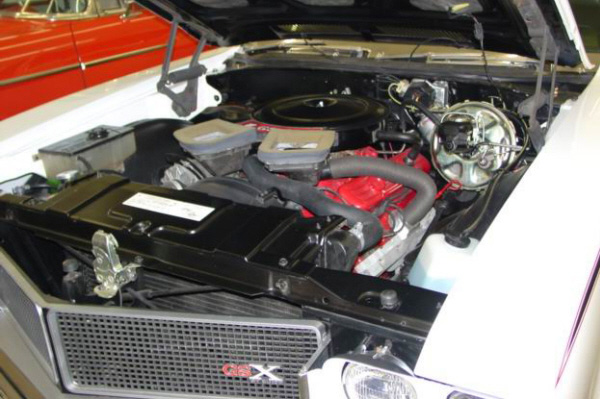 1970 BUICK GSX STAGE 1  HARDTOP - Engine - 81849