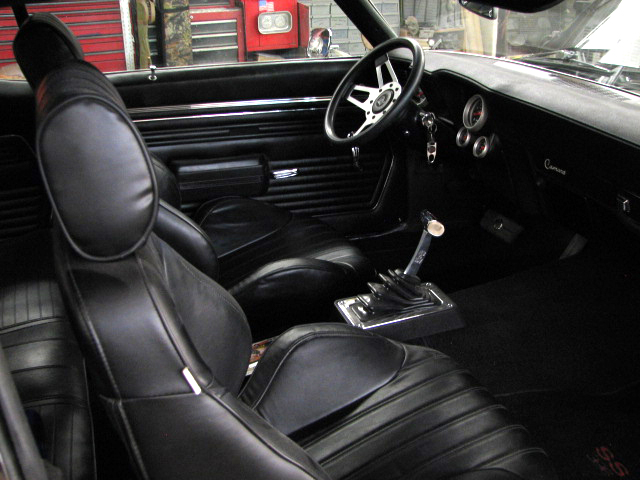 1969 CHEVROLET CAMARO 2 DOOR COUPE - Interior - 81854